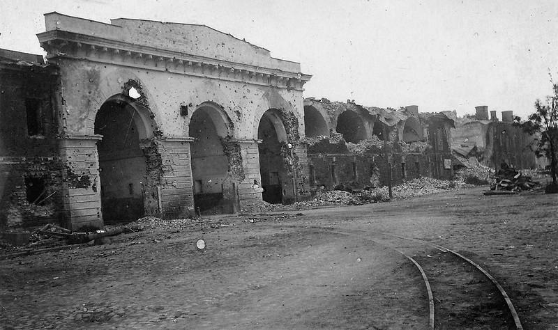Фото развалин Брестской крепости